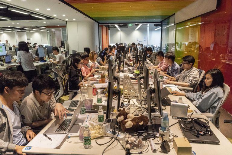 Empleados de Megvii en las oficinas de la compañía en Pekín