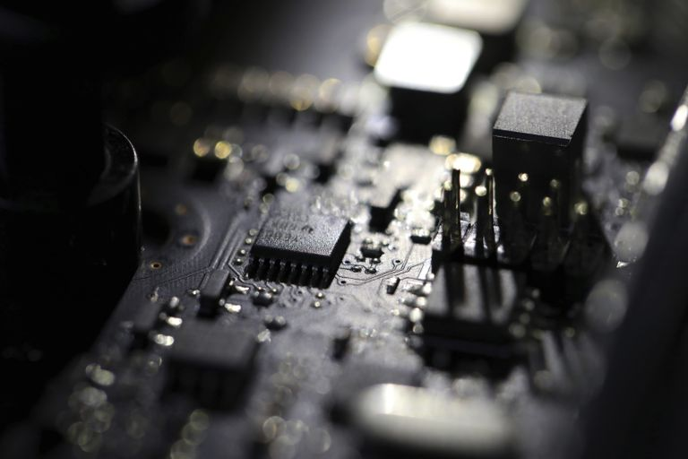 Los delitos cibernéticos crecieron durante la pandemia, aumentando la demanda de profesionales de ciberseguridad