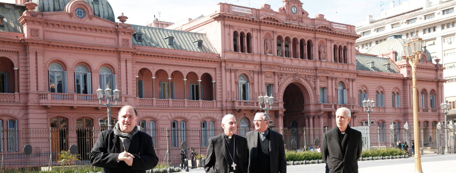 Referentes de la Iglesia a la salida de la reunión con Mauricio Macri, a fines de agosto