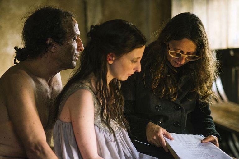 Daniel Giménez Cacho junto a Martel y la actriz española Lola Dueñas