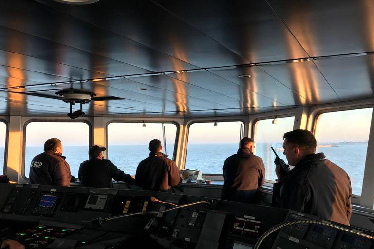 La Armada Argentina vigilando la milla 201