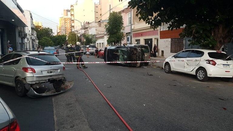 choque y vuelco de autos