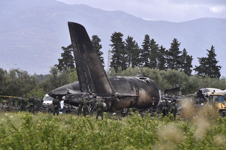 La tragedia ocurrió en un campo agrícola ubicado al norte del país, poco después del despegue