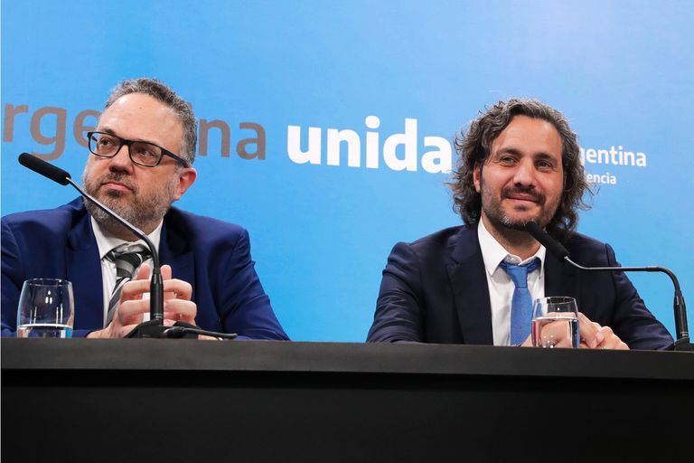Coronavirus en la Argentina: el equipo económico pule con Fernández el plan pospandemia - LA NACION