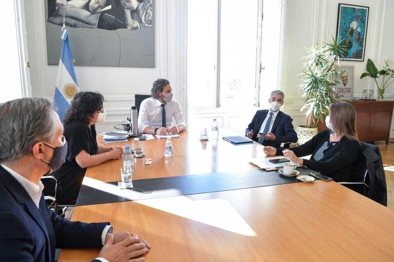 Cafiero se reunió con Meoni y Vizzoti para evaluar medidas sobre el transporte público