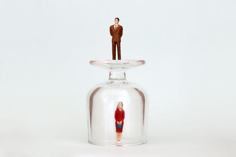 Liderazgo femenino: ¿techo de cristal o campana de acero?