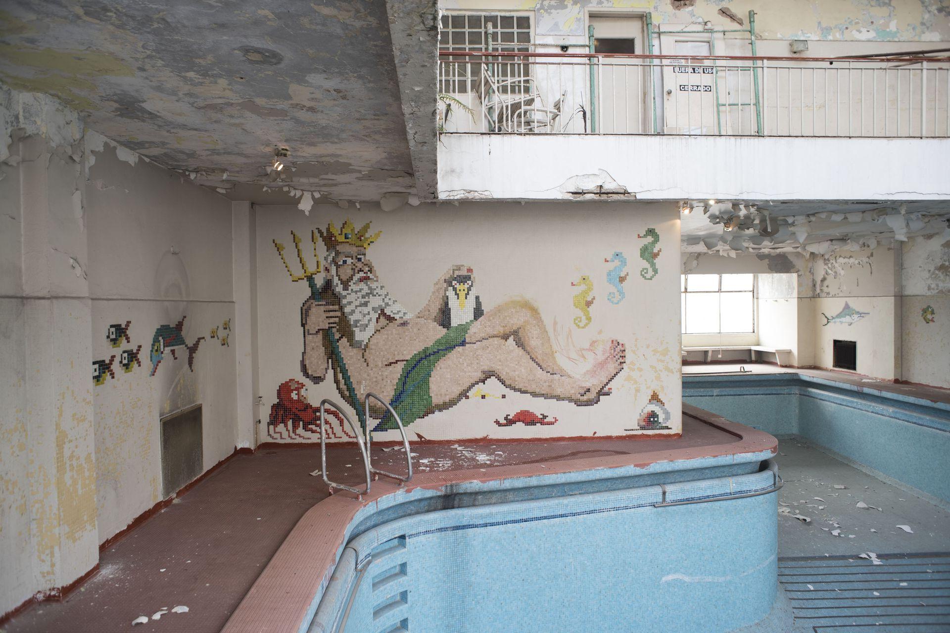 La pileta fue uno de los espacios dañados del spa Colmegna