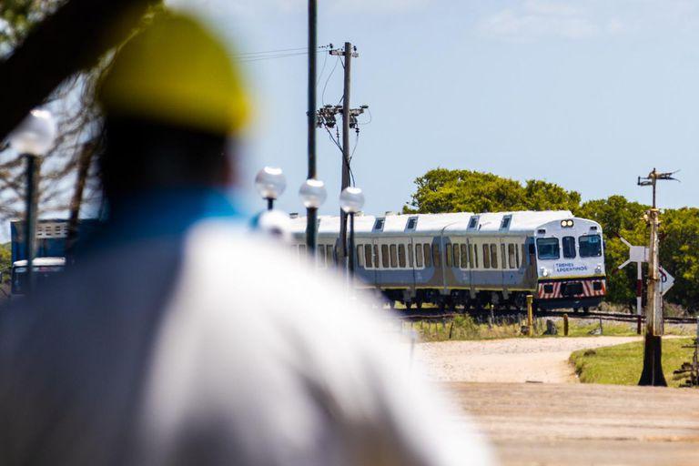 Pinamar: tras cinco años sin servicio, volvió el tren y tendrá frecuencia diaria