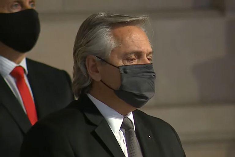 El presidente Alberto Fernández, durante el homenaje a los fallecidos por el Covid-19 en la Argentina