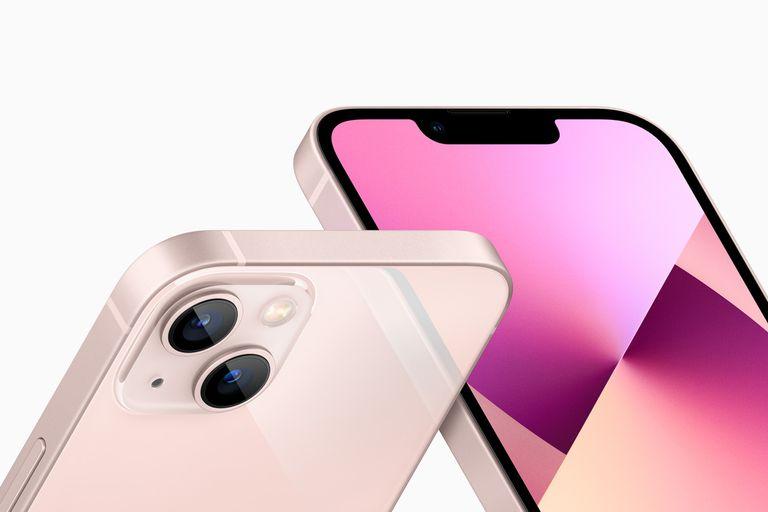 Apple renovó sus smartphones con el iPhone 13 y 13 mini