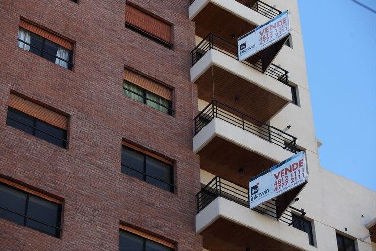 El Colegio de Escribanos informó sobre la caída en el sector de venta de propiedades