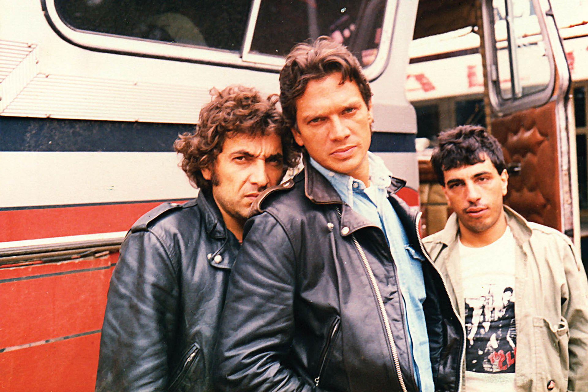 Riff: Pappo, Vitico y el manager de la banda, Mundy Epifanio