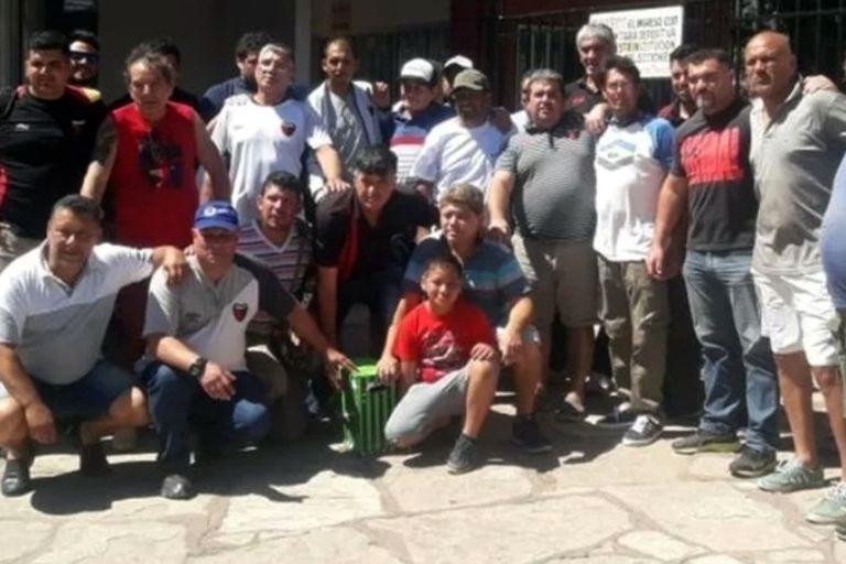 Los empleados de Colón y Unión, juntos, una imagen poco habitual en el fútbol