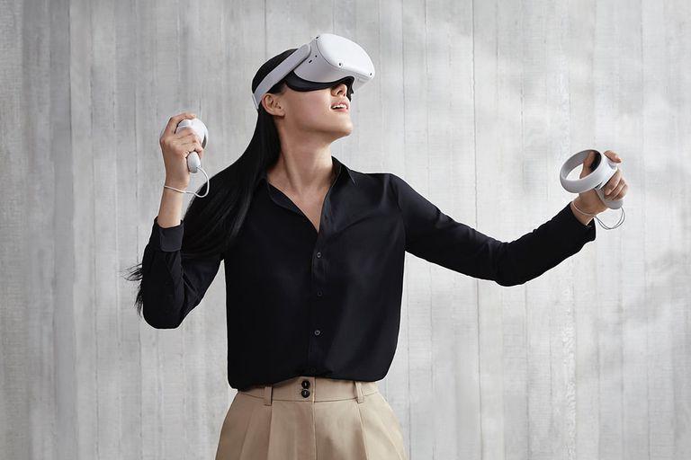 Oculus Quest 2 son los nuevos anteojos de realidad virtual de Facebook; es el tercer modelo de la compañía que no requiere una conexión a una PC para funcionar