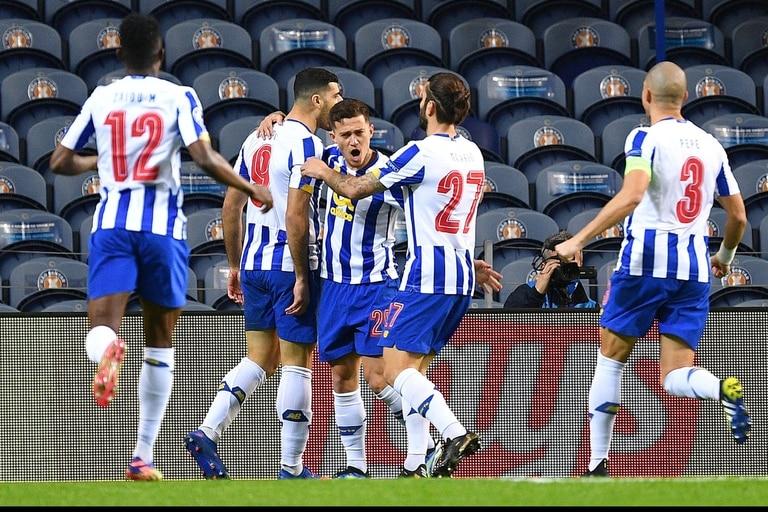Taremi sorprendió y marcó el 1 a 0 pra Porto sobre Juventus