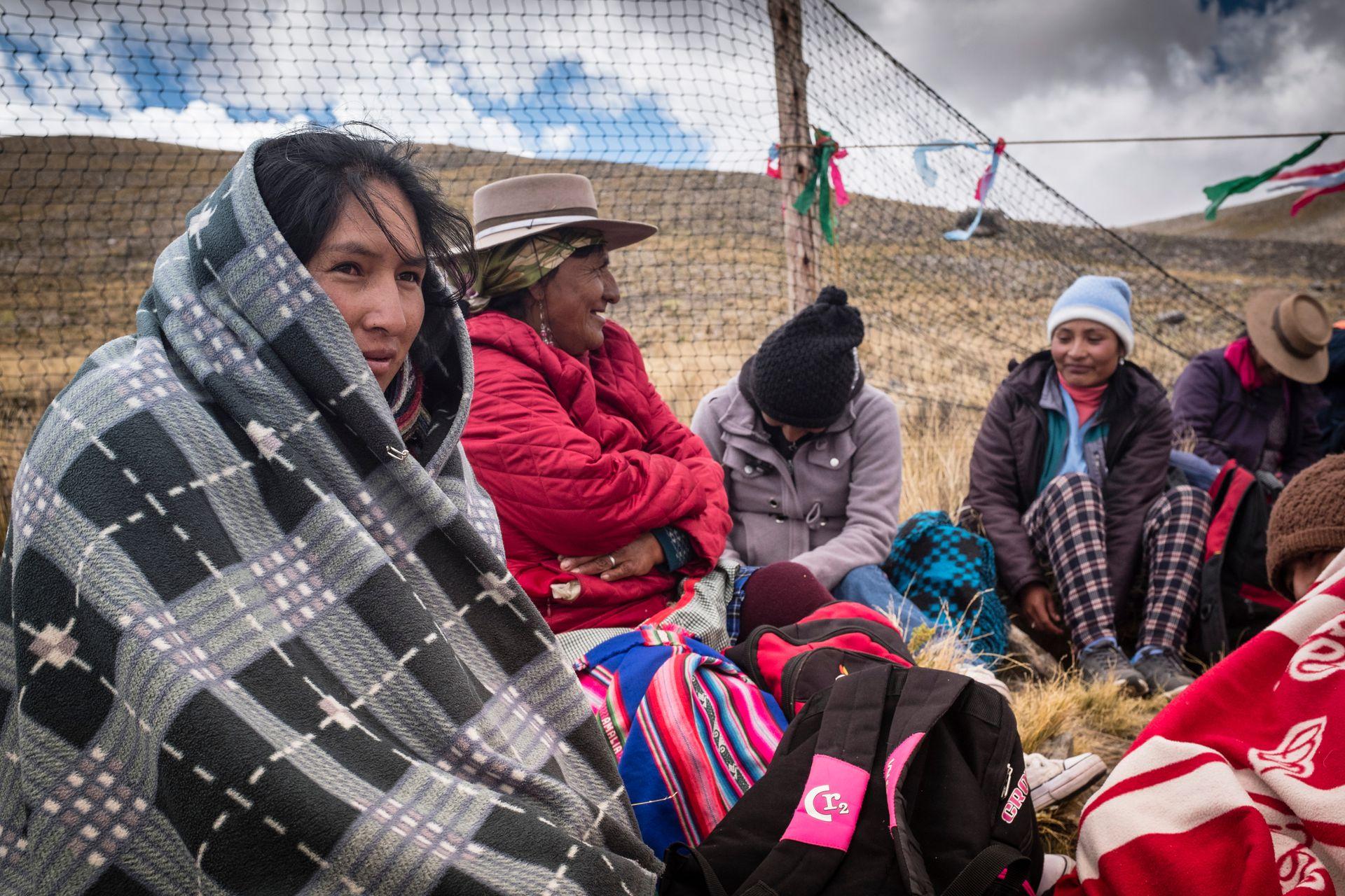 En la Argentina, cada vez más chakus se están abriendo al turismo. Para asistir, si se viene de afuera, es importante que un miembro de la comunidad aborigen que participa del chaku lo apruebe.