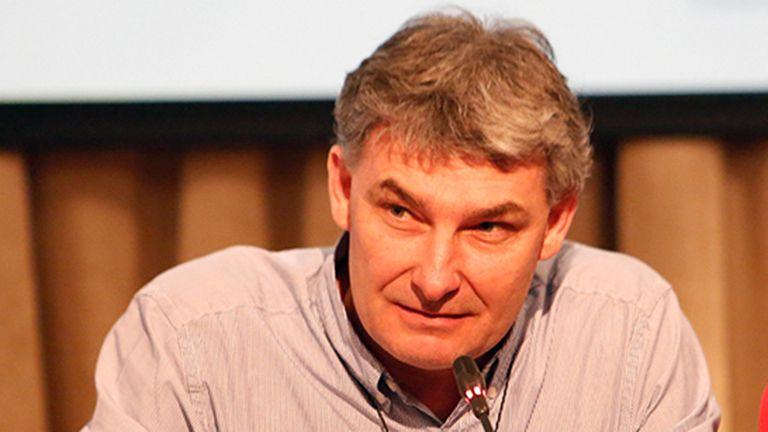 Rafael Frene, de Dow AgroSciences, anuncia Enlist que le otorga a la soja resistencia a los herbicidas 2,4-D, glifosato y glufosinato