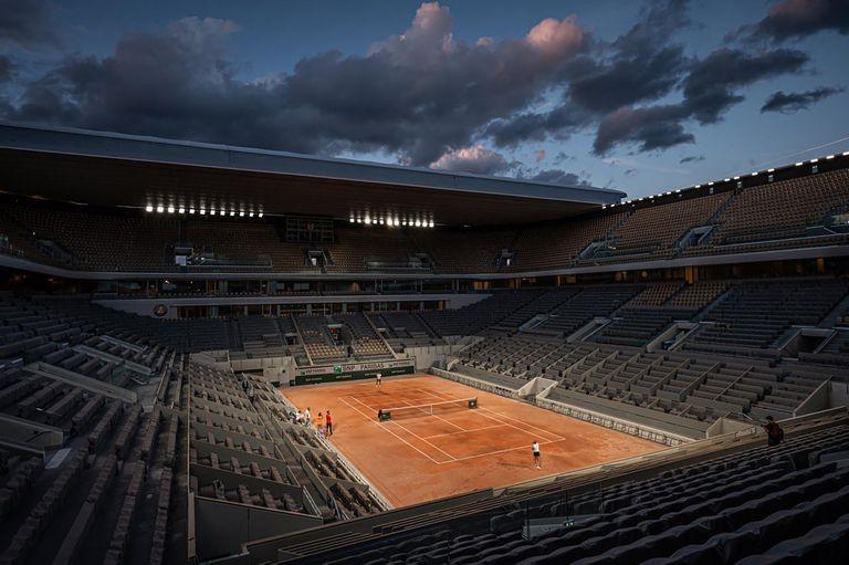 Tenis. Roland Garros de noche y las marcas más curiosas del gran torneo de París