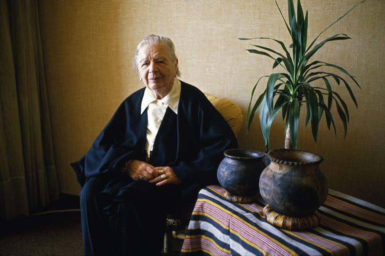Marguerite Yourcenar, la autora que creó una de las novelas históricas más originales del siglo pasado