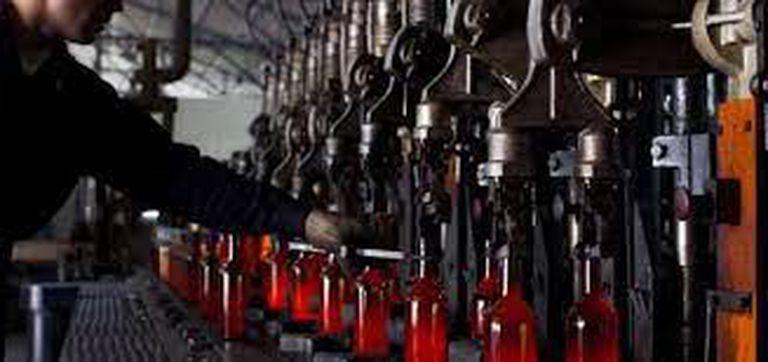 La crisis menos pensada: se demora el envasado de vino por falta de botellas
