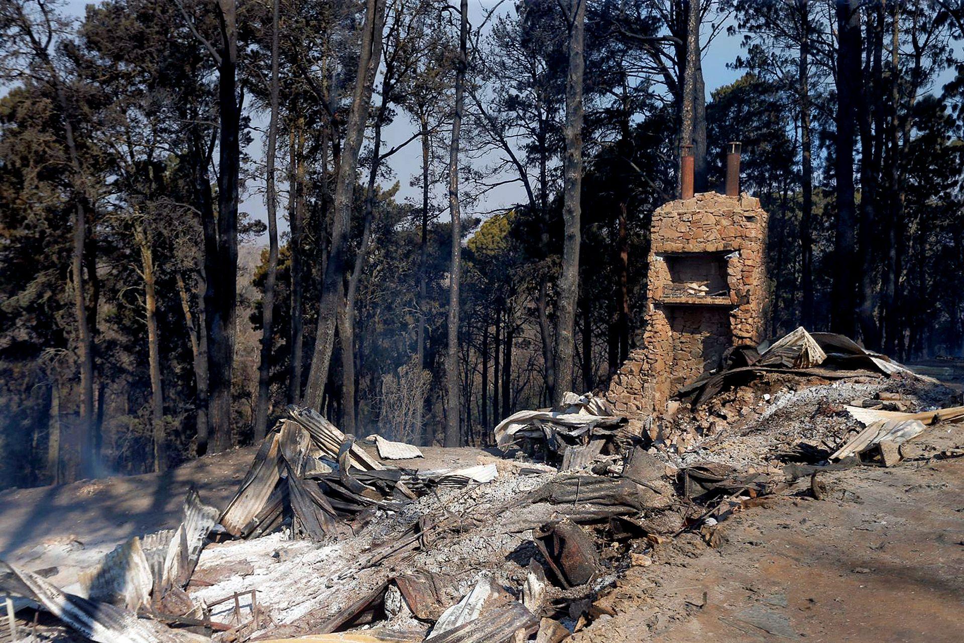 El fuego destruyó varias viviendas en el barrio privado El Potrerillo en Potrero de Garay, Córdoba