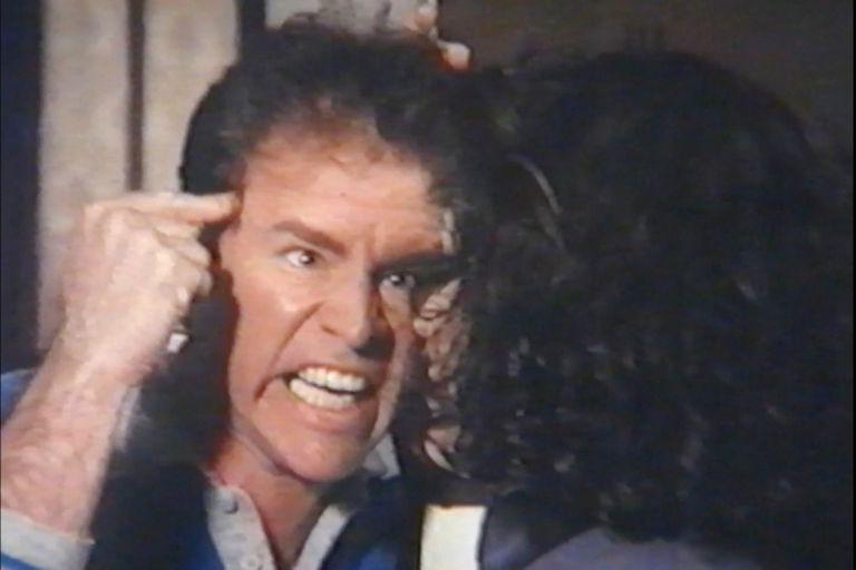 Mario Pasik en Delito de corrupción (Enrique Carreras, 1991), un favorito del documental.