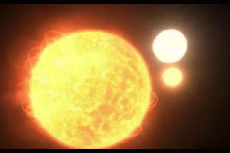 Sistema estelar triple