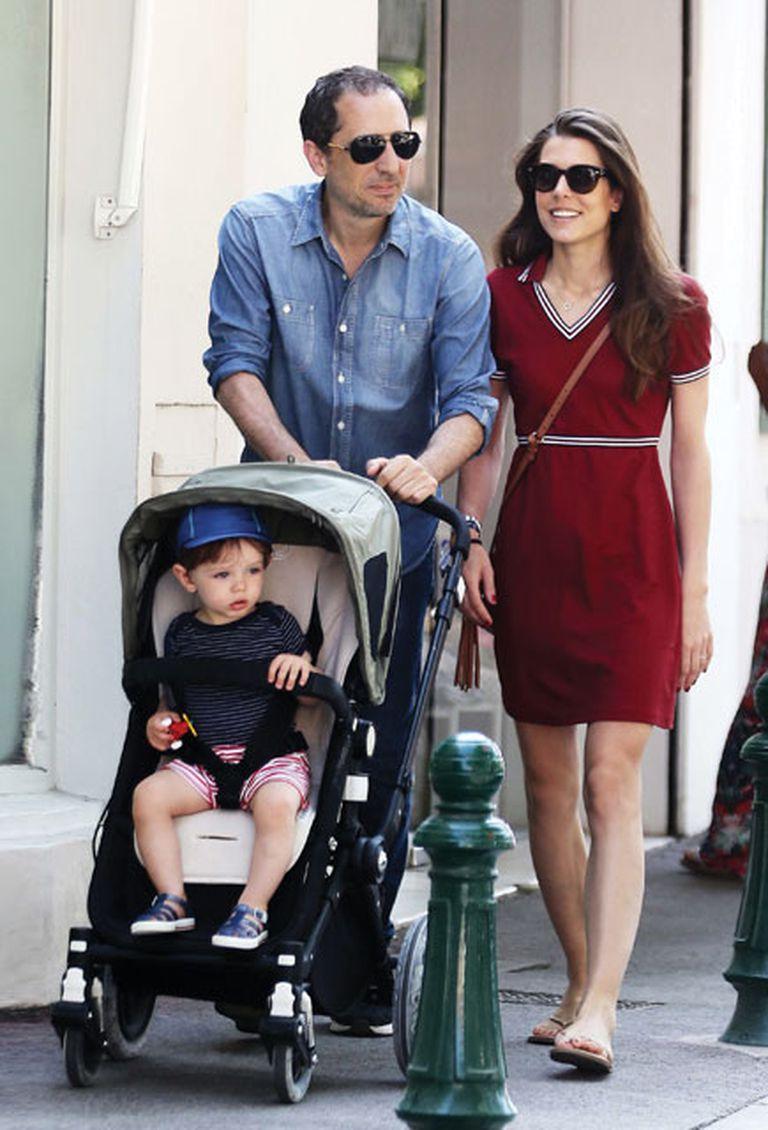 La mañana del 5 de junio la familia paseó sonriente por la ciudad francesa