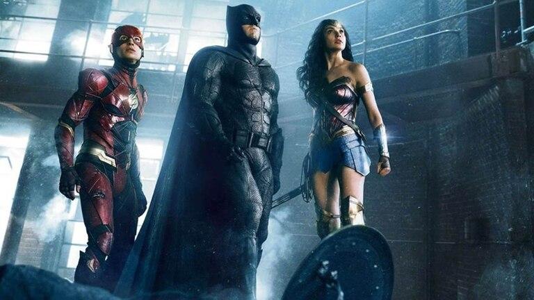 La larga trayectoria de Batman (Ben Affleck) y el furor por La Mujer Maravilla (Gal Gadot) servirán allí para consolidar nuevos personajes, como el Flash de Ezra Miller