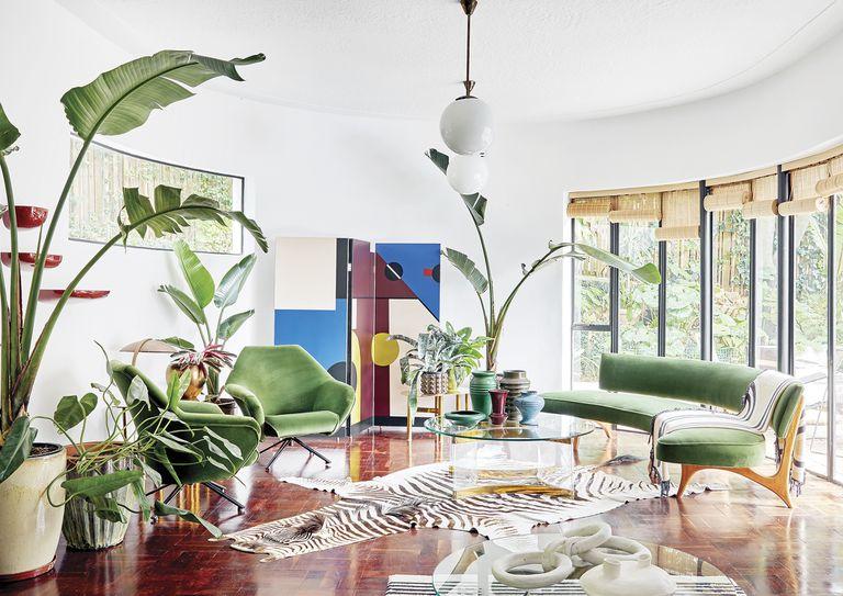 Una decoradora y su hija arquitecta unieron sus estilos en esta casa de inspiración Bauhaus