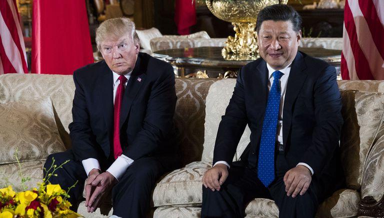 Donald Trump junto a Xi Jinping en Mar-a-lago