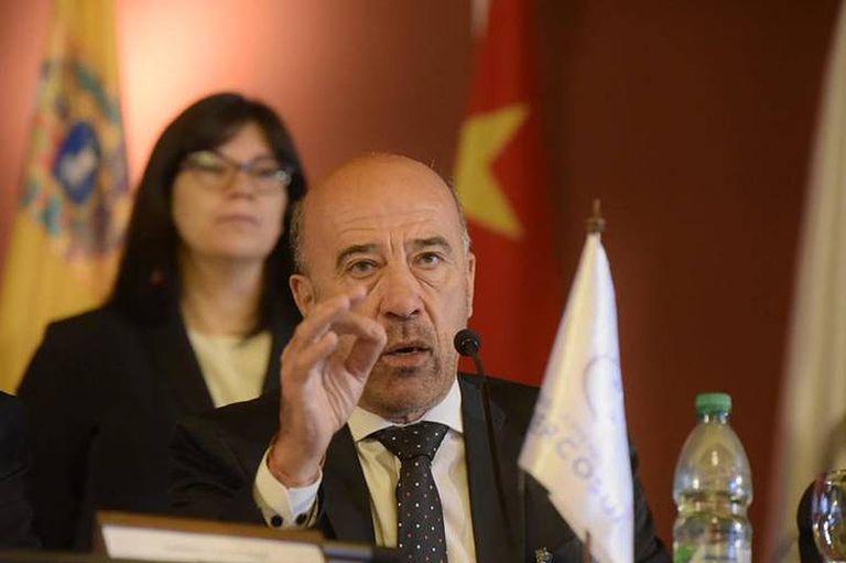 El diputado Oscar Laborde preside el Parlasur dijo que el organismo no opinará por ahora de lo que sucedió en Caracas