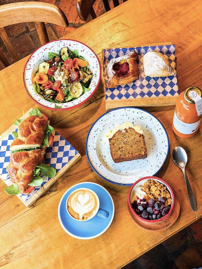 En Blu Café sirven un blend de café colombiano, guatemalteco y brasileño