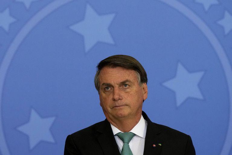 El presidente Bolsonaro defendió con frecuencia tratamientos y curas no probados contra covid