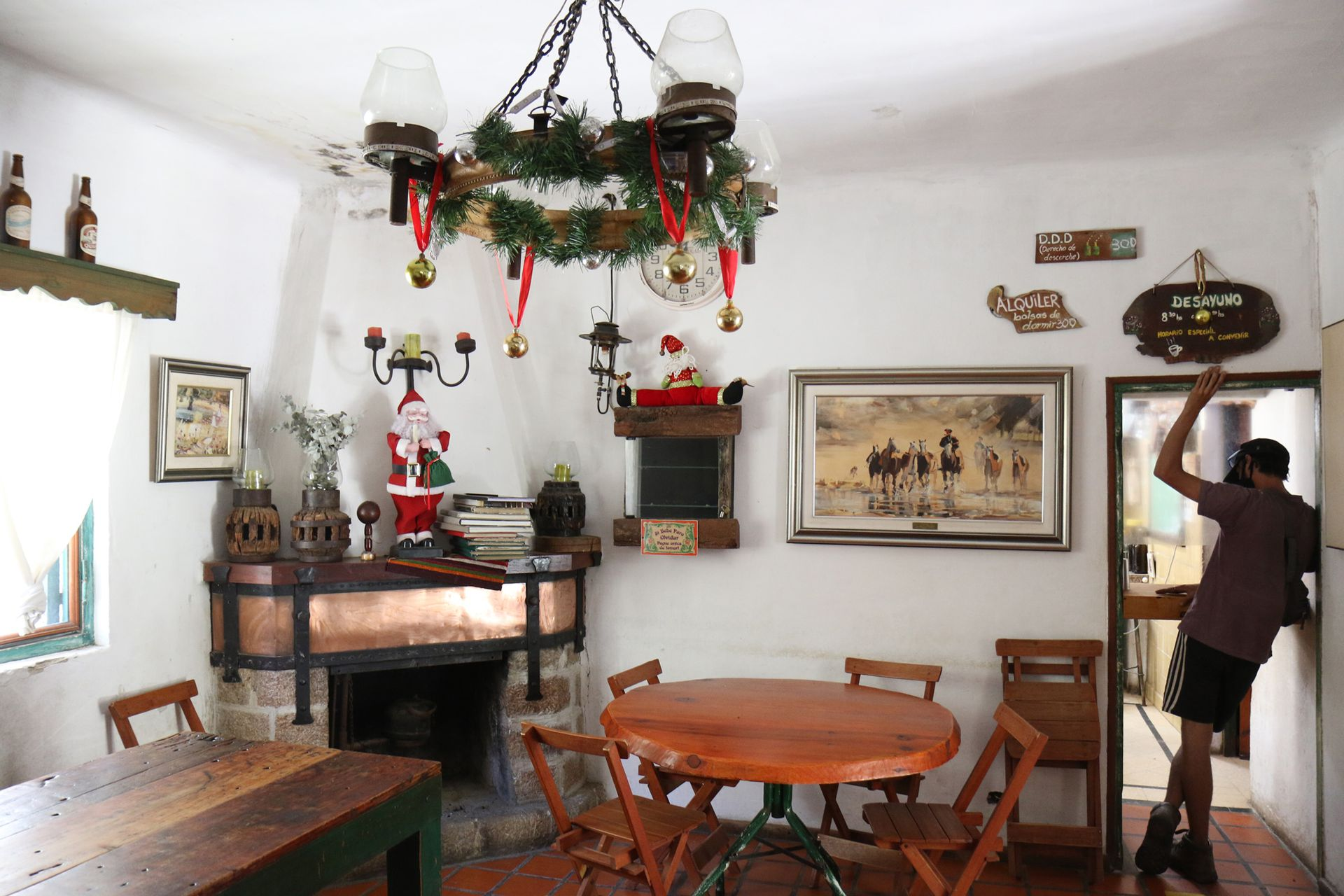Interior del comedor de Pueblo Escondido