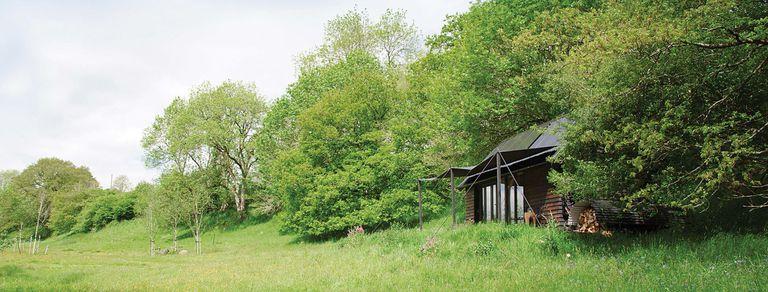 Paraíso bucólico: una cabaña con perfil de carpa en Inglaterra