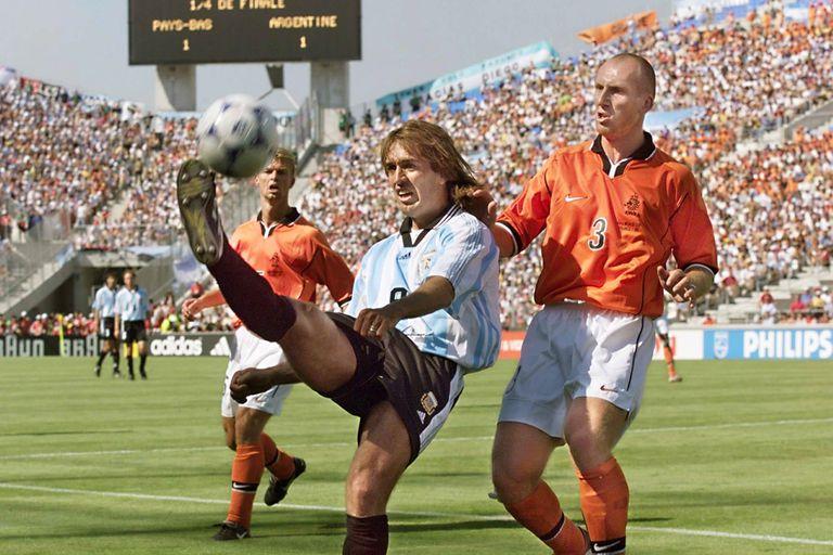 Mundiales. Argentina, abajo ante las potencias y en los momentos decisivos