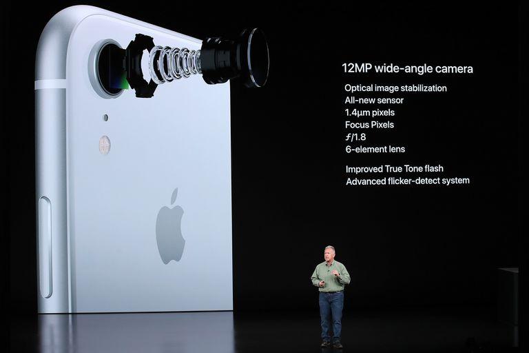 La cámara del iPhone XR solo detecta personas, y la calidad de sus retratos permite retratos nítidos y con efecto bokeh
