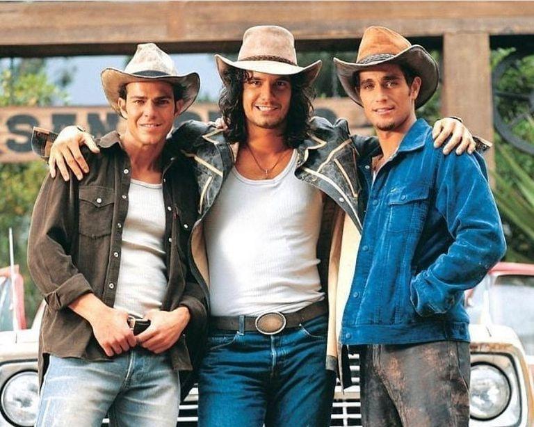 Mario Cimarro (Juan), Juan Alfonso Baptista (Oscar) y Michel Brown (Franco), los tres protagonistas de Pasión de Gavilanes