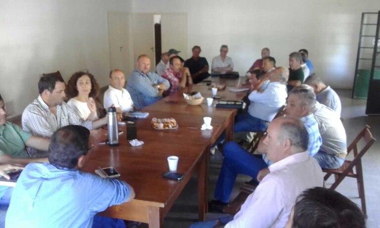 Dirigentes de las rurales de Carbap hoy en Pergamino