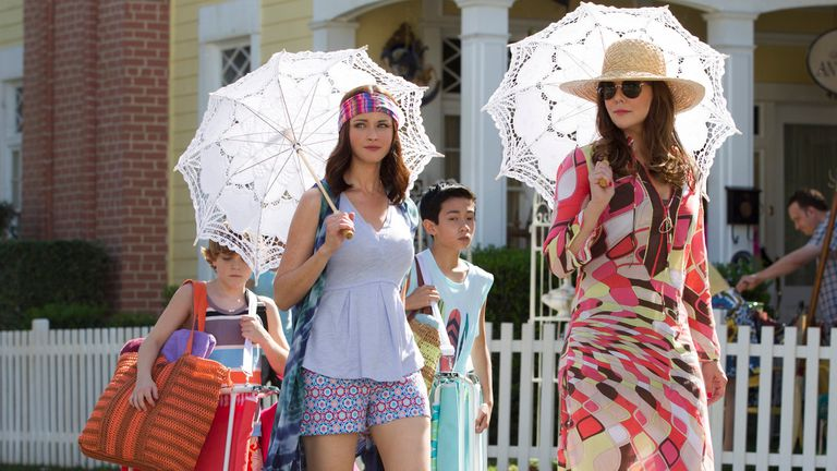 "Alexis Bledel y Lauren Graham en el episodio ""Verano"" de Gilmore Girls: A Year in the Life"