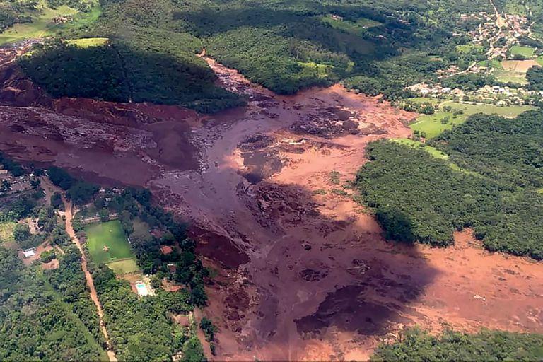 La zona del desastre tras la ruptura de la represa