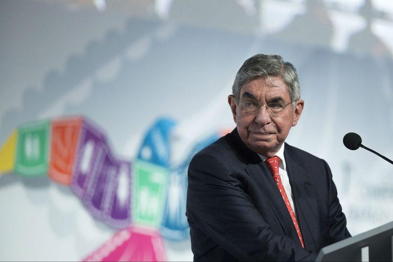 El costarricense Arias, Premio Nobel de la Paz, fue denunciado por acoso sexual