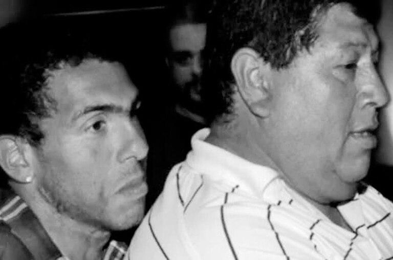 """Sin ser su padre de sangre, Don Segundo Tevez fue el hombre que crió a Carlitos y al que siempre llamó """"papá"""""""