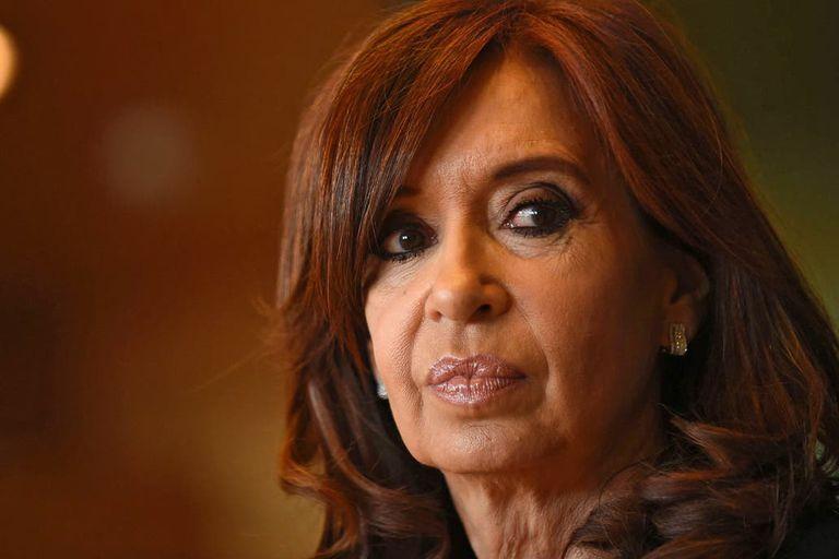 Los abogados de la expresidenta fundaron su reclamo en la actividad del perito en las redes