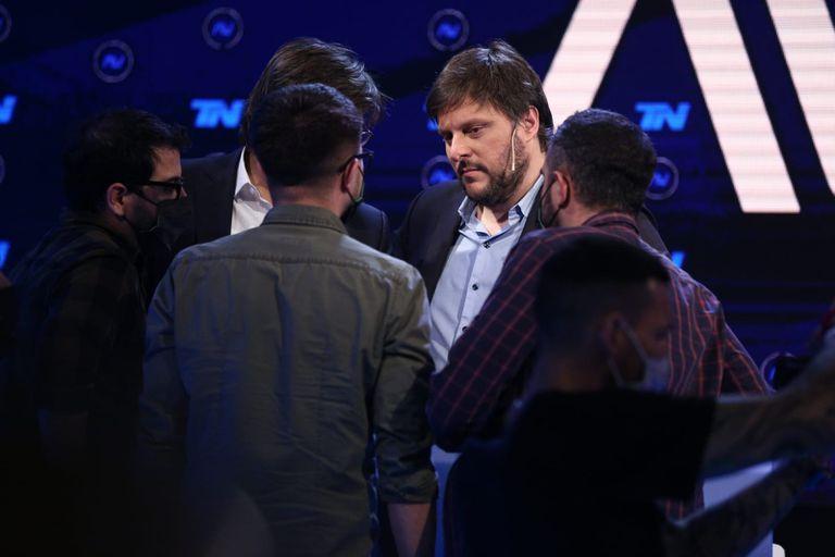 Los candidatos durante el debate - Gerardo Viercovich