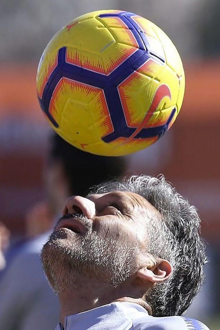 A los 51 años, Vivas está a gusto como ayudante de Simeone y se imagina que dirigirá diez años más; piensa volver y radicarse en la Argentina