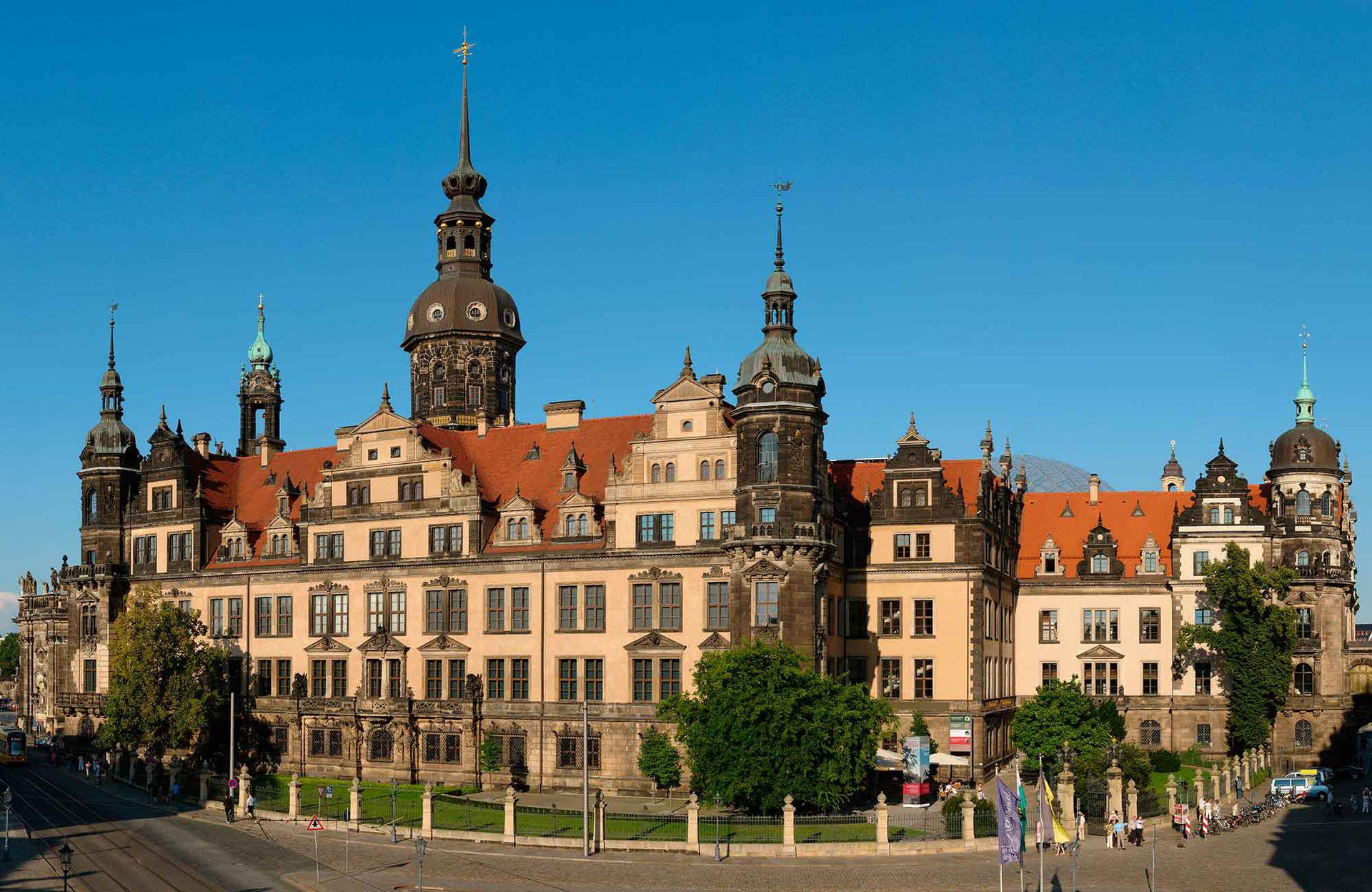 Residenzschloss, el Palacio real de la ciudad.