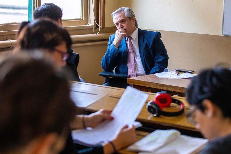 Alberto Fernández, durante un examen en la Facultad de Derecho de la UBA