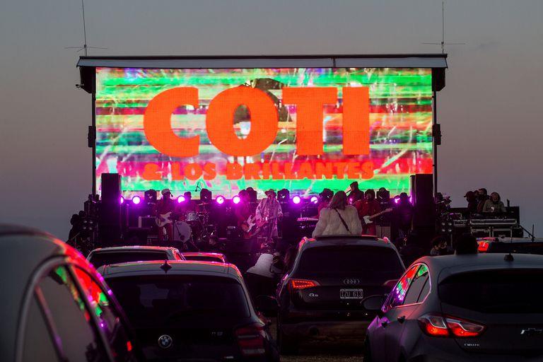 """""""Autoconcierto"""": Coti y una nueva forma de hacer shows en vivo en cuarentena"""